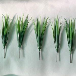 Set of 5 Artificial Grass Stalks